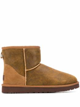 Ugg Australia - shearling lined boots CLMBJCN9669569668900