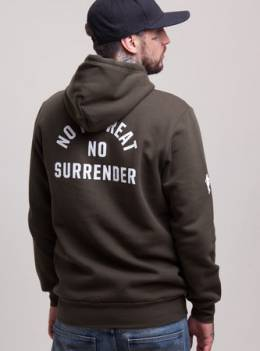 Толстовка CROOKS & CASTLES No Surrender Hooded Pullover (Rifle Green, S) CROOKS & CASTLES 10227522772404337000