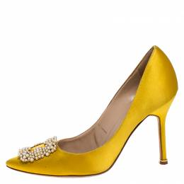 Manolo Blahnik Yellow Satin Hangisi Embellished Pointed Toe Pumps Size 39.5 268967