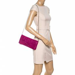 Carolina Herrera Dark Pink Monogram Leather Bow Chain Clutch 323179
