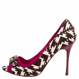 Manolo Blahnik Tri Color Printed Canvas And Suede Buckle Embellished Detail Peep Toe Pumps Size 37 347356