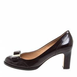 Salvatore Ferragamo Brown Brogue Leather Vara Bow Pumps Size 39 348989