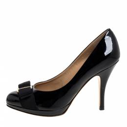 Salvatore Ferragamo Black Patent Leather Vara Bow Round Toe Pumps Size 36.5 373735